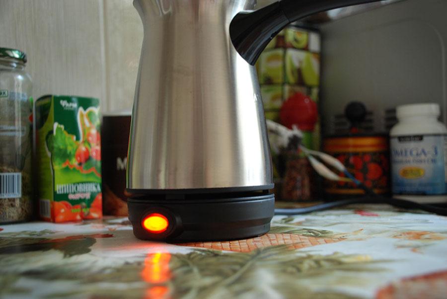 Чиню кофеварку с Алиэкспресс. Тестирую работоспособности прибора.